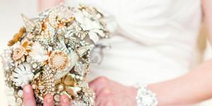 Свадебный брошь-букет